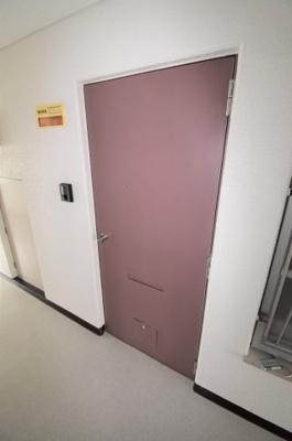 この物件の玄関です