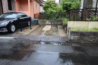 佐倉市白銀 中古戸建 京成佐倉駅 駐車スペース1台ございます。