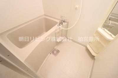 【浴室】めぞん モナリエ
