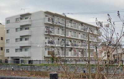 【居間・リビング】コスモ大島  3階 角 部屋 リ ノベーション済
