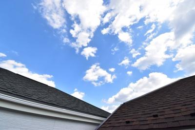 第一種低層住居専用地域ならではの景観、眺望。陽光をいっぱいに感じられますね。青い空が広がります!