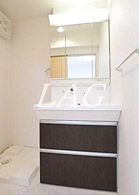 独立洗面台です。洗面台です。