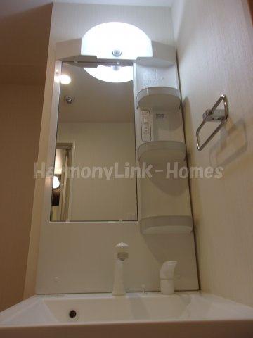 IL MEZZO DI TOKYO UNOの独立洗面台、朝の身支度には欠かせません