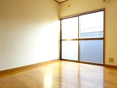 【居間・リビング】カスミハイツ
