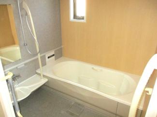 【浴室】明石市二見町福里中古戸建