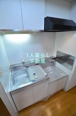 ガスコンロ設置可で広いキッチンです