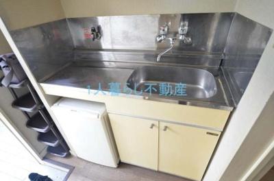 ガスコンロ設置可能なキッチンです。