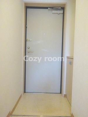 シューズボックスのある玄関です
