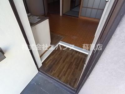 【玄関】今関ハイツ