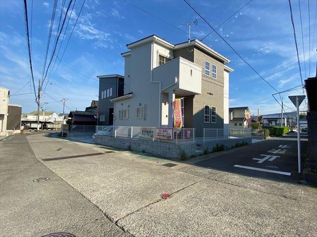 【前面道路含む現地写真】新築戸建て「南足柄市中沼」全2棟/残2棟