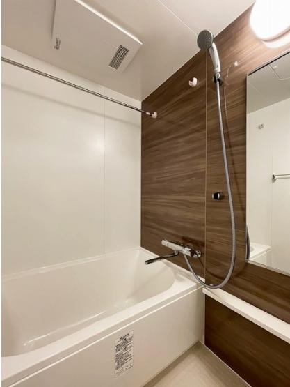 ジオエント三ノ輪の落ち着いた空間のお風呂です