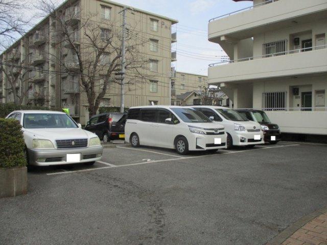 【駐車場】シャインクロコ