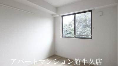 【洋室】ローザ・ヴィレⅠ