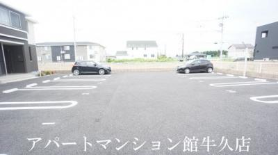 【駐車場】モン・トレゾール