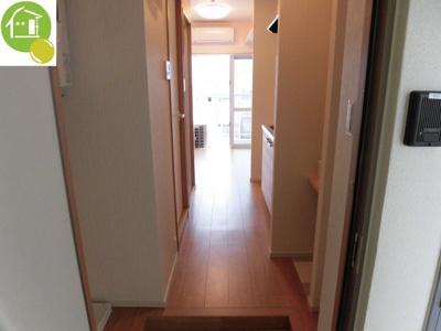【玄関】Hana House-Maejima