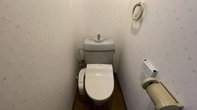 温水機能付きトイレ①