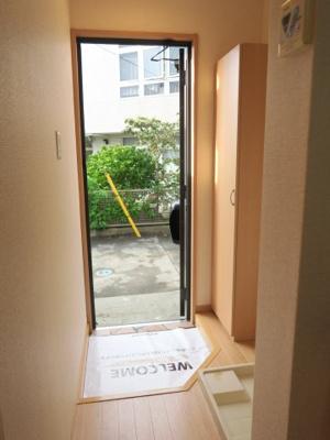 【玄関】フローラハイツ