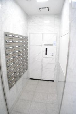 リーガル岡崎橋 メールボックス