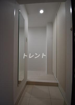 【玄関】ブライズ白金台