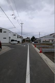 【前面道路含む現地写真】鴻巣市箕田の売地