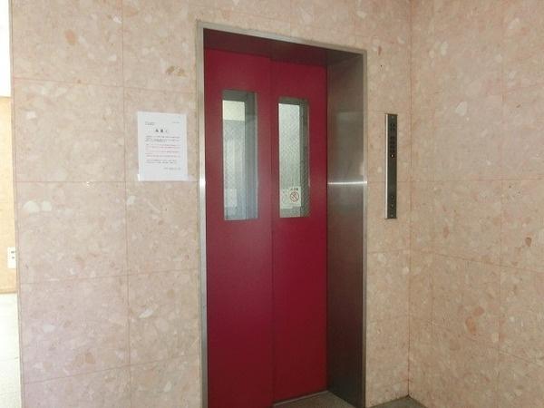 エレベーター!