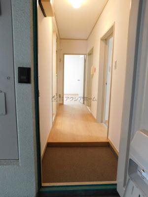 【玄関】入間ビレッジ 4号棟