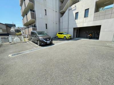 【駐車場】カレントスクエア