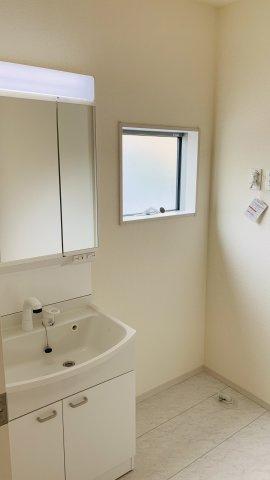 【同仕様施工例】浴室内の温度調整ができるので入浴時に快適に過ごすことができます。
