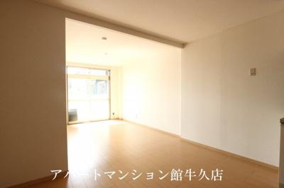 【居間・リビング】PLUMファミール1