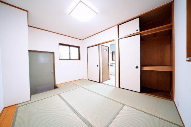 1階の和室です。北側のお庭へ出ることができます。