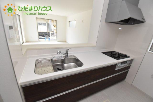 【キッチン】伊奈町西小針 1期 新築一戸建て 02