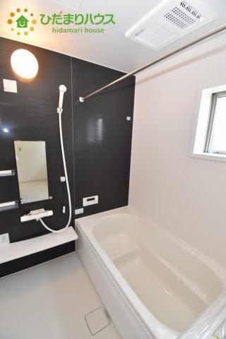 いつまでも入っていられるような広々とした浴室が魅力的です(^^)/