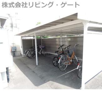 無料の駐輪場