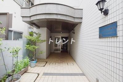 【エントランス】シュエット神楽坂