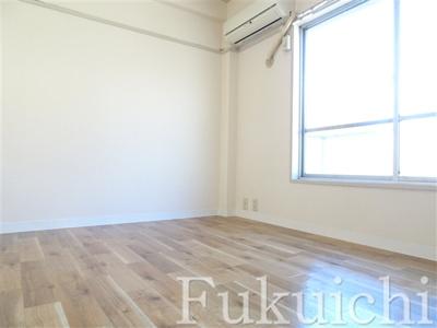 【寝室】目黒区上目黒5丁目オススメアパート