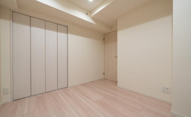 エフローレ日本橋:全居室収納・窓が付いております!