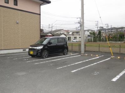 【駐車場】URBAN HILLS A