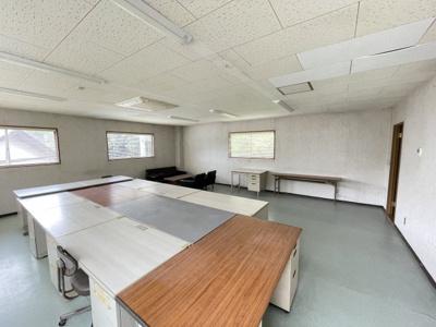 2階事務室①