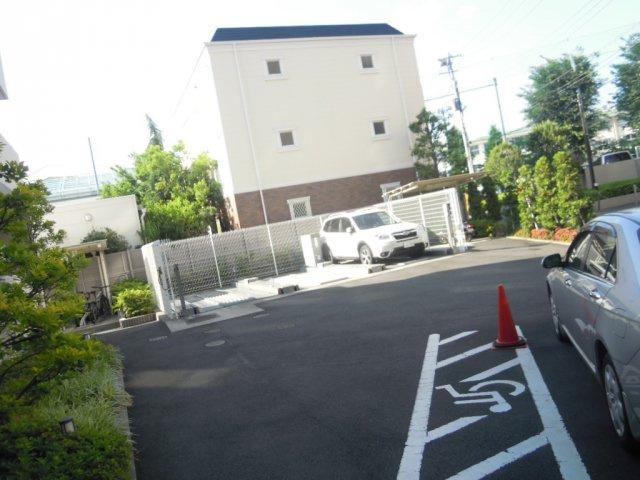 【駐車場】プライマル方南町