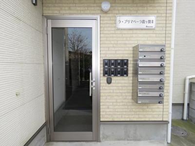 【エントランス】ラプリマベーラ霞ヶ関Ⅱ
