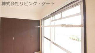 さらに!こちらのお部屋は室内物干しが出来ます!