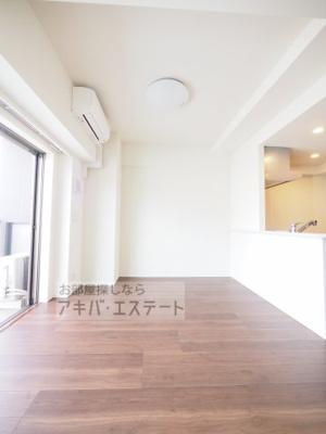【居間・リビング】アーバネックス秋葉原EASTⅢ