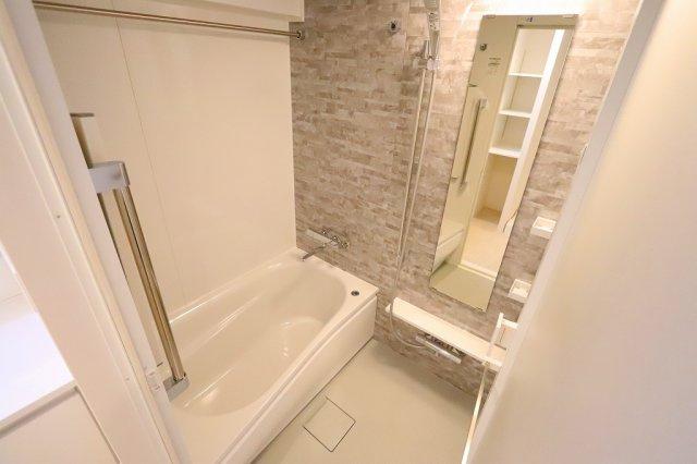 落ち着いた空間のお風呂です:リフォーム完了しました♪平日も内覧出来ます♪