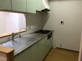 【キッチン】パレ塚口町