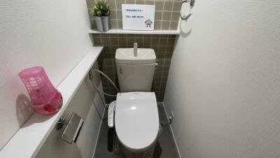 清潔で使いやすいトイレです。
