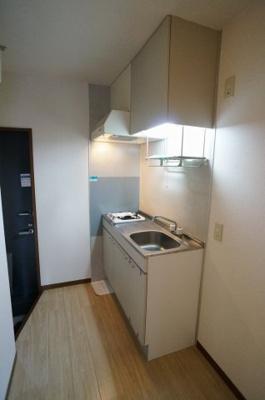 1口コンロ設置のキッチンです☆お客様にてコンロの用意不要で便利です!