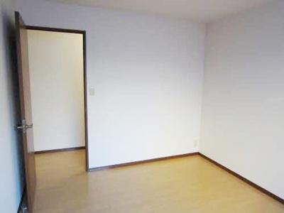 【寝室】サンセットガーデン A棟