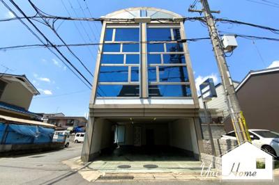 居住スペース3階【住宅付き事務所一棟ビル】のご紹介《南西角地》で開放的なポジションで陽当・通風良好!