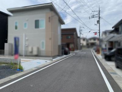 【前面道路含む現地写真】大津市下阪本3丁目26-25 新築戸建
