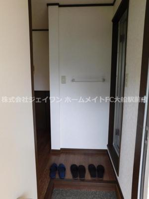 【玄関】ニューハイツ